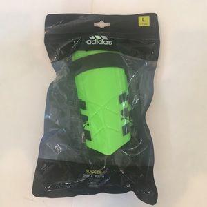 New Adidas Youth Soccer/Football Shin Guards